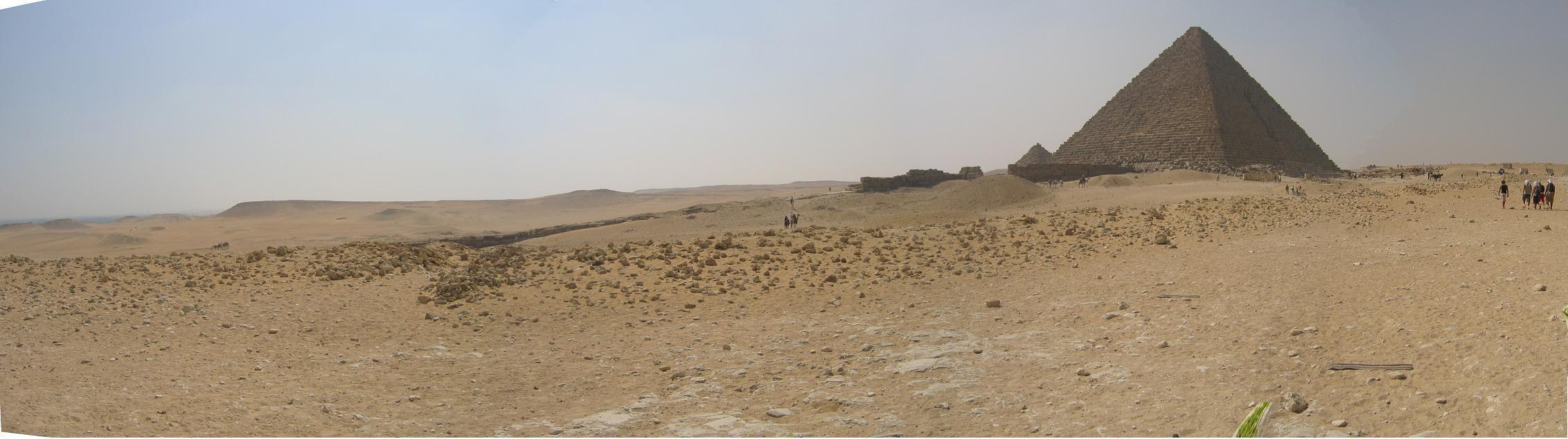 Egypt_pyramids1_3