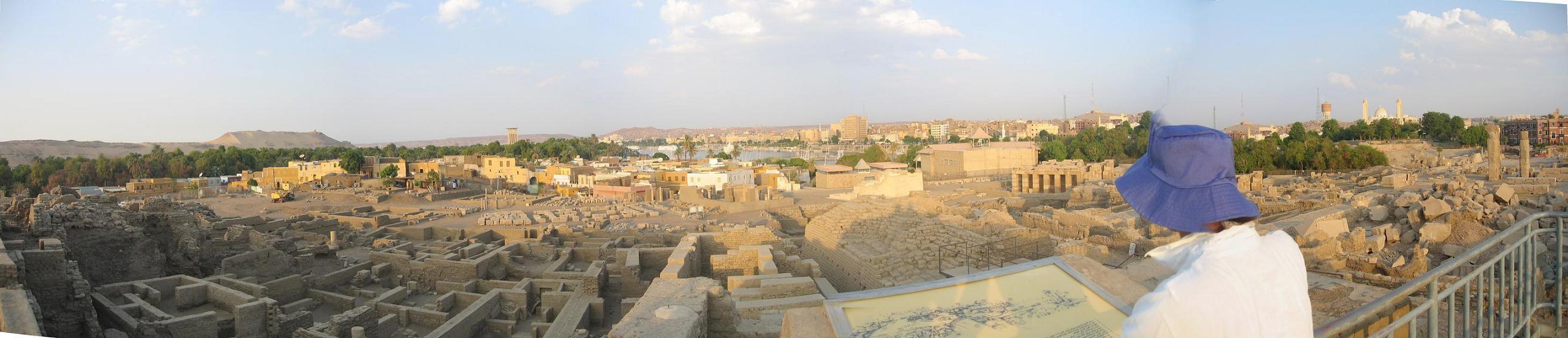 Egypt_pyramids4_1