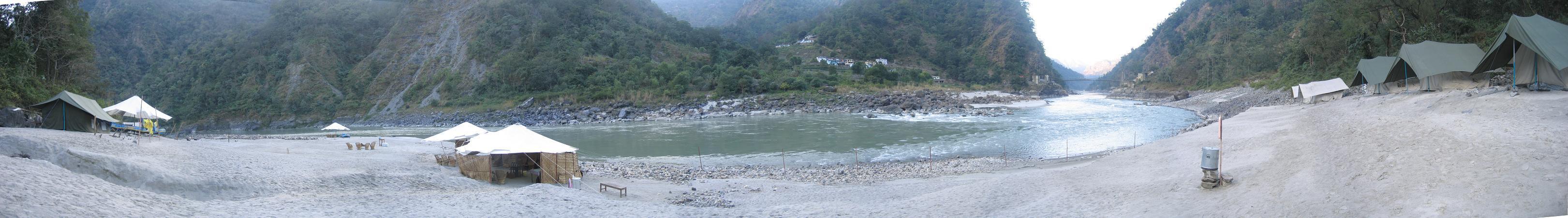 India_riverrafting1